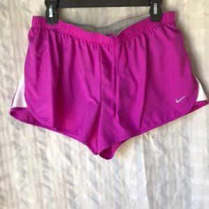 Nike Dri Fit running shorts Sz L